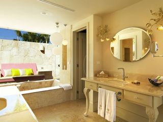 Punta Cana apartment photo - Beautiful bathroom