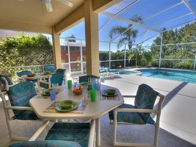 Spacious Stylish Home, Very Private Pool/Spa, Peaceful Location With Views