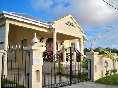 Front view of the this beautiful bungalow