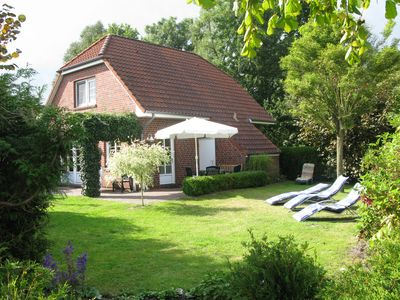 Holiday home directly on the dike, Family-friendly., Wi-Fi, large garden (5 Pers.+ Baby)