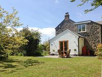 THE DAIRY, with a garden in Coverack, Ref 20990