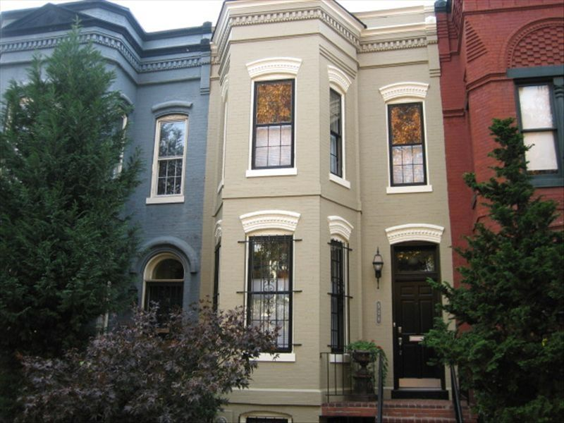 Capitol Hill Rowhouse Best Location To See Vrbo