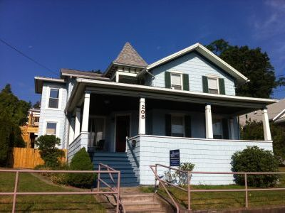 Seneca Lake Victorian overlooking the Harbor and Lake