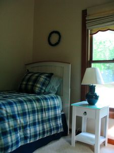 Saugatuck / Douglas cottage rental - 2nd bedroom has 2 twin beds or combine for king.