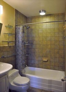 Winter Park condo rental - Full bathroom