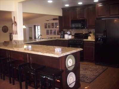 Gourmet Kitchen w/ Dishwasher, Coffee & Bread Makers, Crockpot, Pots & Pans.