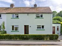 12 GLAN Y MOR, family friendly in Llansteffan, Ref 2995