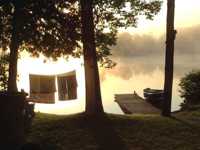 Waterfront Luxury Family Cottage, weed-free swimming, in Lakefield Ontario
