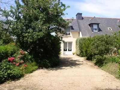 Modern cottage, near the coast of pink granite and Lannion