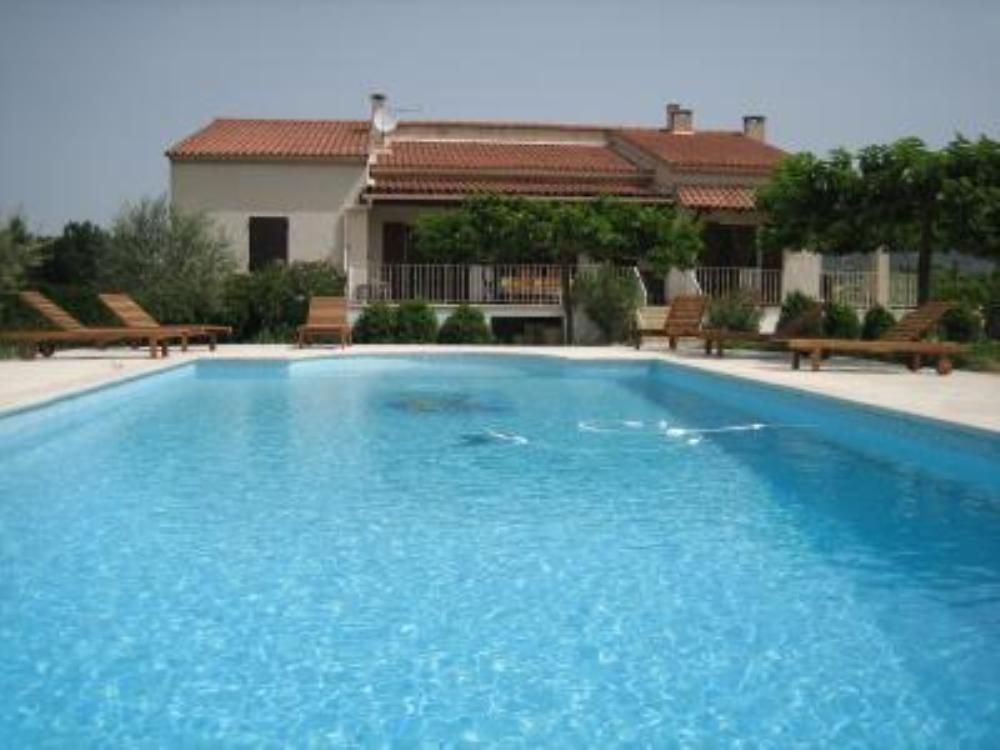 House, 170 square meters, with pool