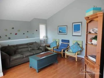 Capitola condo rental - Family room with lots of seating including a pull out sleeper sofa