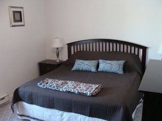 Weirs Beach condo photo - Master bedroom with king size bed and full bath