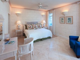 Sandy Lane villa photo - Downstairs bedroom suite - all bedrooms have cable TV and en suite bathrooms