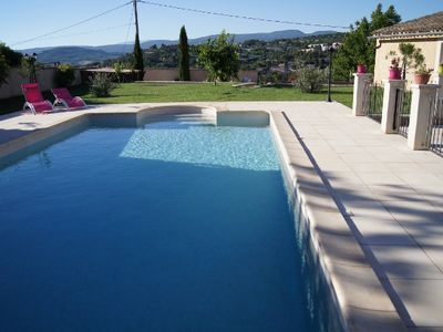 BEAUTIFUL HOUSE IN THE HEART OF LUBERON WITH LARGE POOL