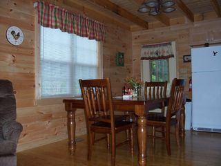 Townsend cabin photo - Dining Area