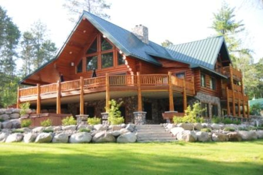 massive luxurious log home with access homeaway mcgregor. Black Bedroom Furniture Sets. Home Design Ideas