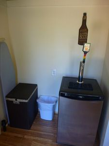Kegerator holds slim quarter and sixth barrel kegs w/Sanke tap