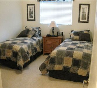 2nd Bedroom; 2 Twin Beds