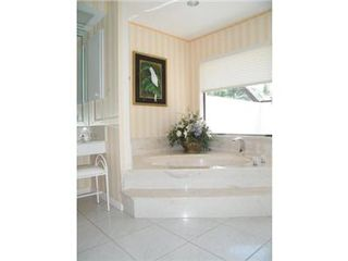 Vacation Homes in Marco Island house photo - Master Bath.