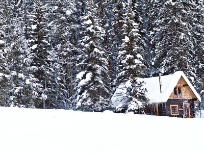 Oh-Be-Joyful Cabin in Winter