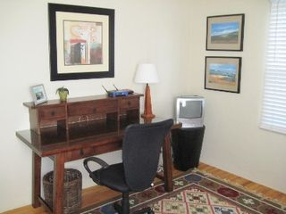 Pacific Beach house photo - Desk & TV for Workaholic