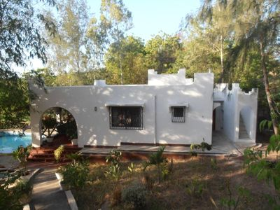 Comfortable bungalow, private swimming pool,excellent cook,near the beach,canoing,boat trips,fishing, situated in a lush tropical garden,Eco-friendly environment,