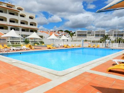 holiday apartment near the beach in Albufeira in condominium with swimming pool