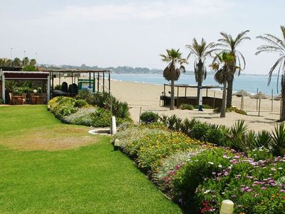 Estepona Coast - New Golden Mile apartment rental - Villacana Beach and restaurant