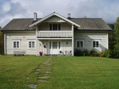 Large and spacious house with room for many. Families, groups of friends and small firms.