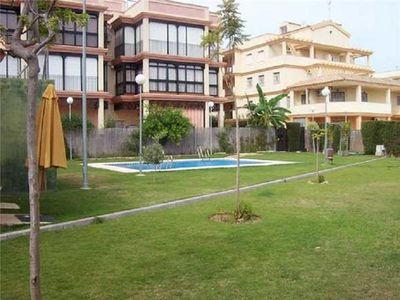 Apartment for 5 people, with swimming pool, close to the beach in Sanlucar de Barrameda