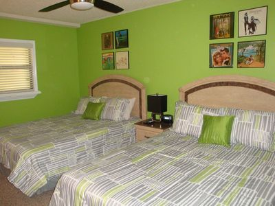 2nd Bedroom with 2 queen size beds