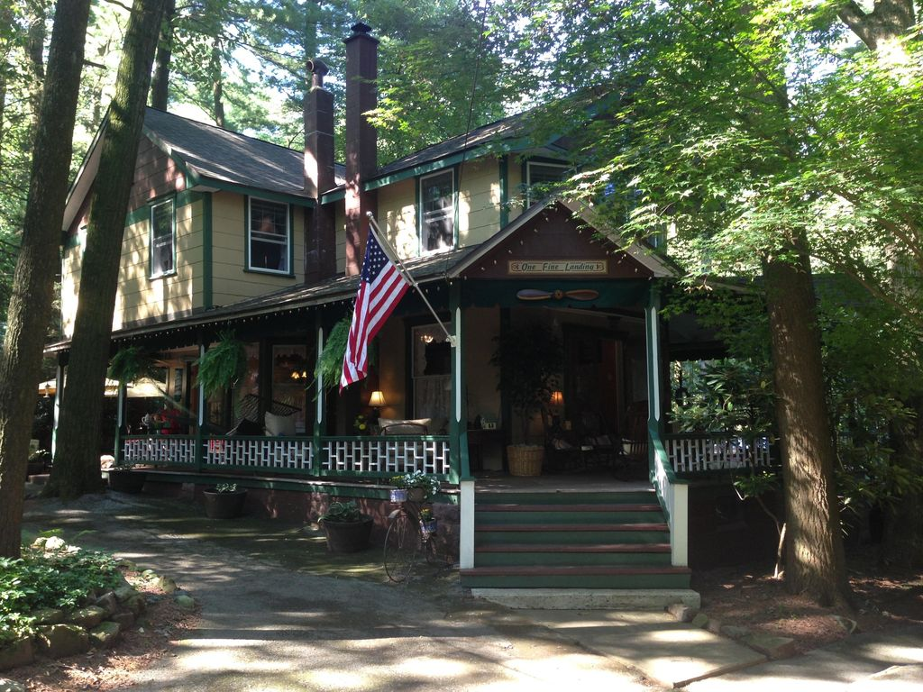 Relaxing Cozy Family Cottage in Mt.... - VRBO
