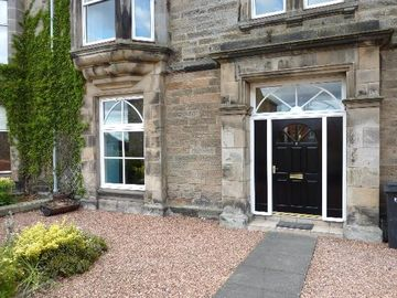 St Andrews & North Fife apartment rental - 2 Melville Terrace Front Entrance