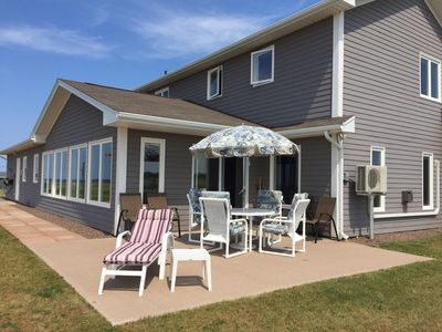 **NEW** Beautiful Executive Beach House, Perfect for Families or Corporate Group