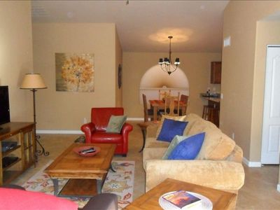 San Tan Valley bungalow rental - The open floorplan, great room / dining room/ kitchen