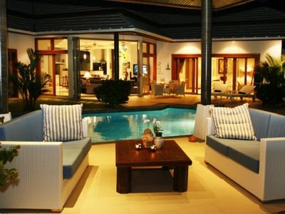 Samui Blu offers the perfect pool setting for the end of the day