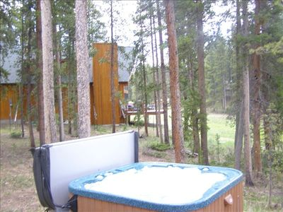 8 Person Hot Tub (new 08) on lower deck with View of Meadow