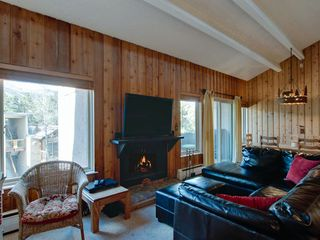 "Breckenridge condo photo - Wood Burning Fireplace & 48"" Flat Panel"