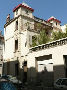 Apartment in a house on Toulon