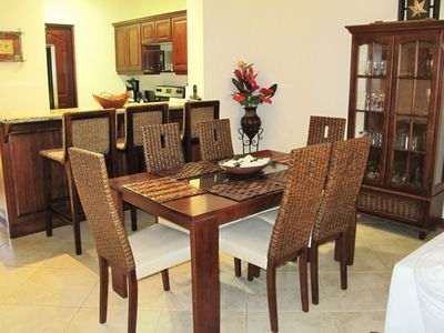 Playa Flamingo condo rental - Dining Room area seats 6 comfortably