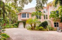 Beautiful, 5 Bedroom, Beach Front Home in Captiva Village - White Pelican