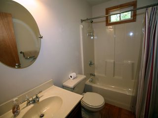 Towamensing Trails chalet photo - Full Bathroom 2
