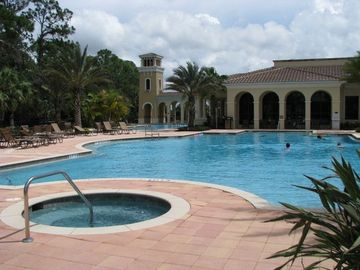 Venetian Golf & River Club Pool