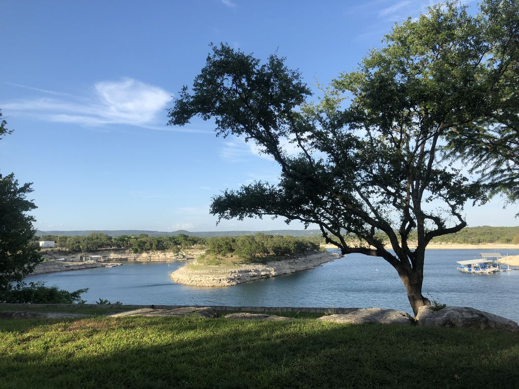 Lake Travis Waterfront Home – Private Retreat w Boat Dock & Panoramic View