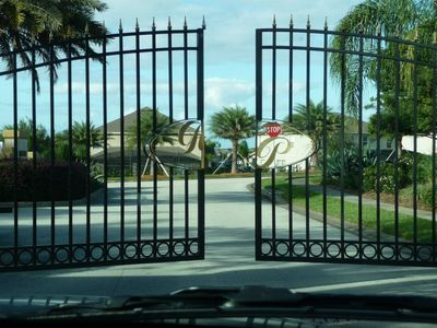 Everything Needed For A Great Vacation.Luxury/Gated 4 Bedroom,3 Bath,Near Disney