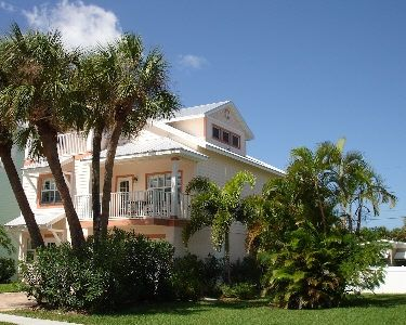 Large Gulf Home Located Near Beach