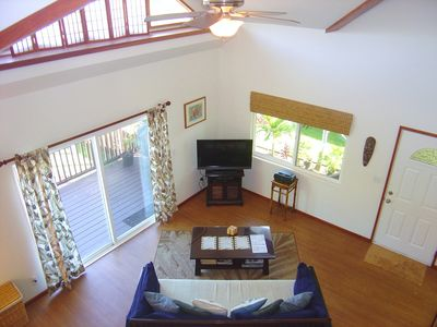 Open Beam Living Area, Air conditioning and Ceiling Fan keeps the home cool!