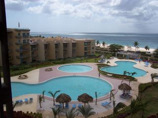 Aruba condo photo - Roof view of pools