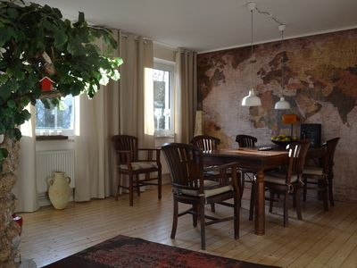 Fully furnished, quiet, spacious and centrally located. 4Fahrräder incl.