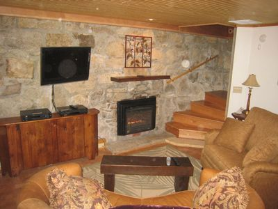 Fireplace and large screen TV in Cellar!